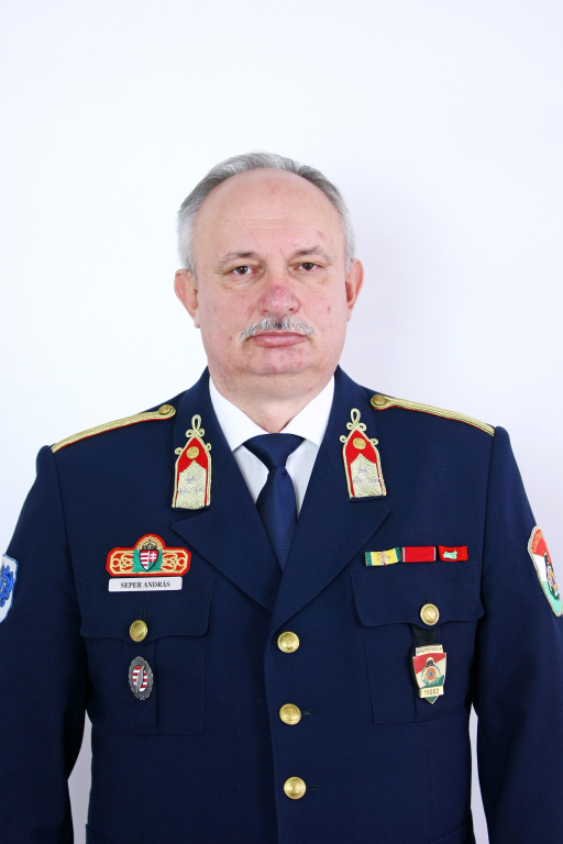 Seper András