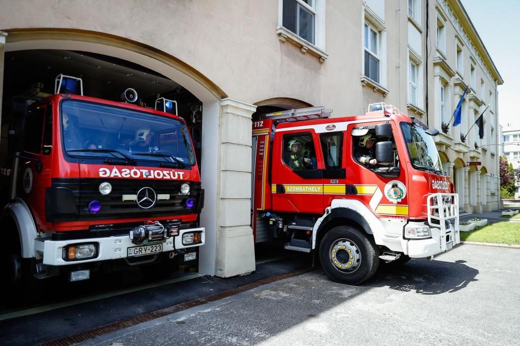 Bemutatkozik a Szombathelyi Hivatásos Tűzoltó-parancsnokság  aloldal fejlécképe